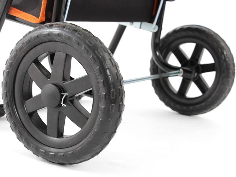 アウトドアキャリーチェアの各部の特徴(大型タイヤ)