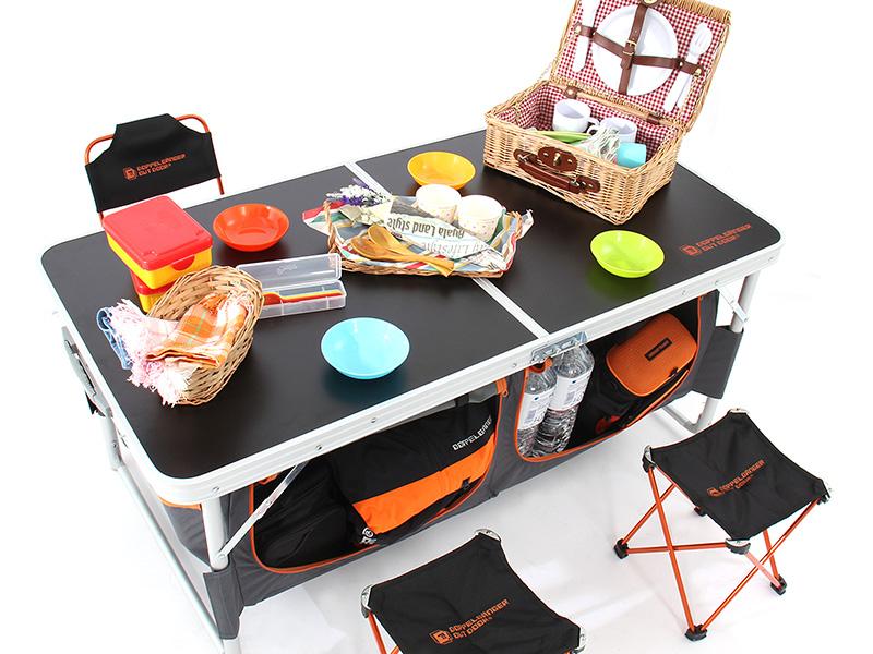 ストレージアウトドアテーブルの使用の一例