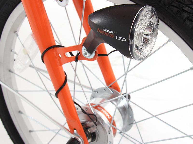 2WAYアウトドアバイクの各部の特徴(LEDダイナモフロントライト ※OB1-121のみ)