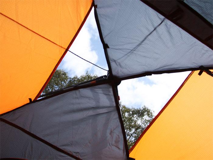 ワンタッチテントの各部の特徴(蚊帳)