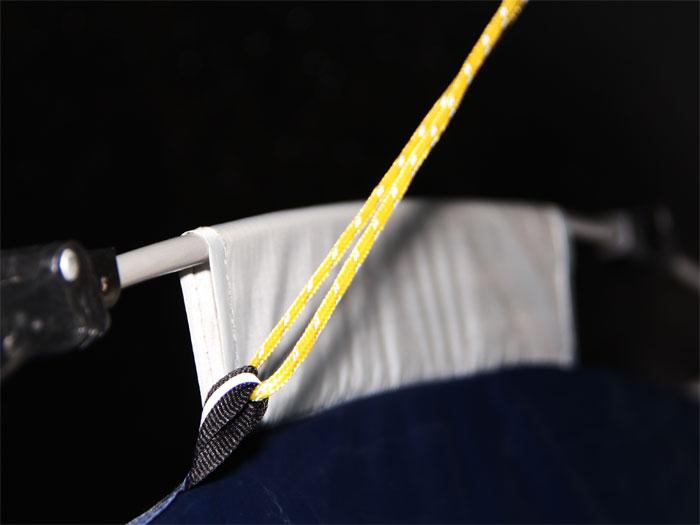 ワンタッチテントの各部の特徴(ストームロープ)