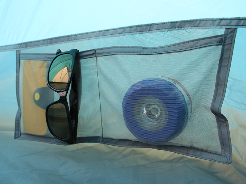2ルームワンポールテントの各部の特徴(インナーポケット)