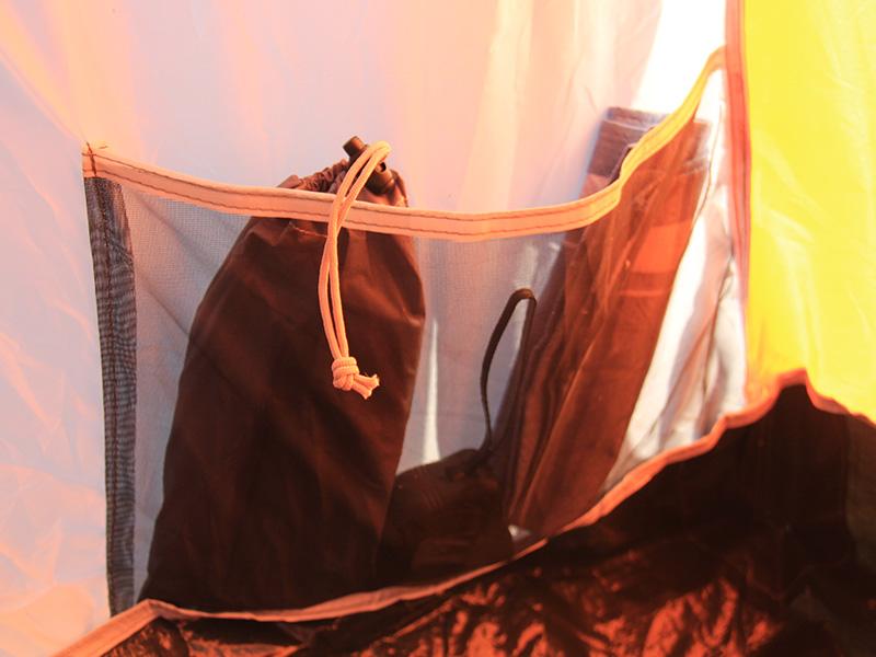2ルームワンタッチテントの各部の特徴(インナーポケット)