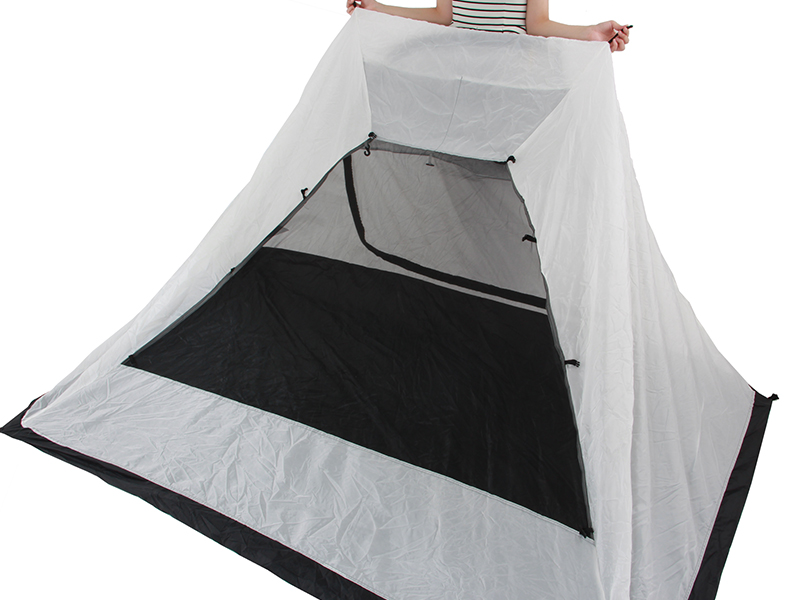 2ルームワンタッチテントの各部の特徴(蚊帳)