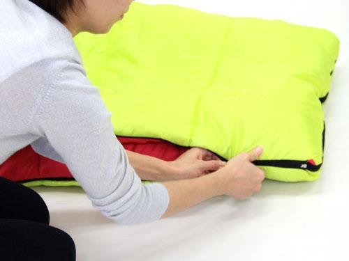 2WAYスリーピングバッグ封筒型からマミー型への変形方法(画像)画像