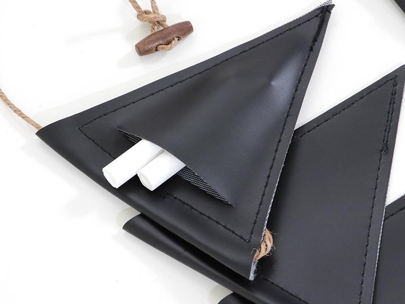 黒板フラッグガーランドの各部の特徴(チョークポケット)