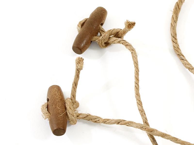 コットンフラッグガーランドの各部の特徴(トグルボタン)