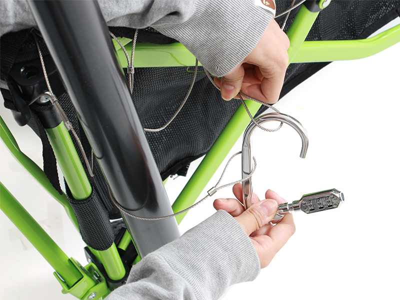 キャリーワゴン用ワイヤーロックの組立/設営方法
