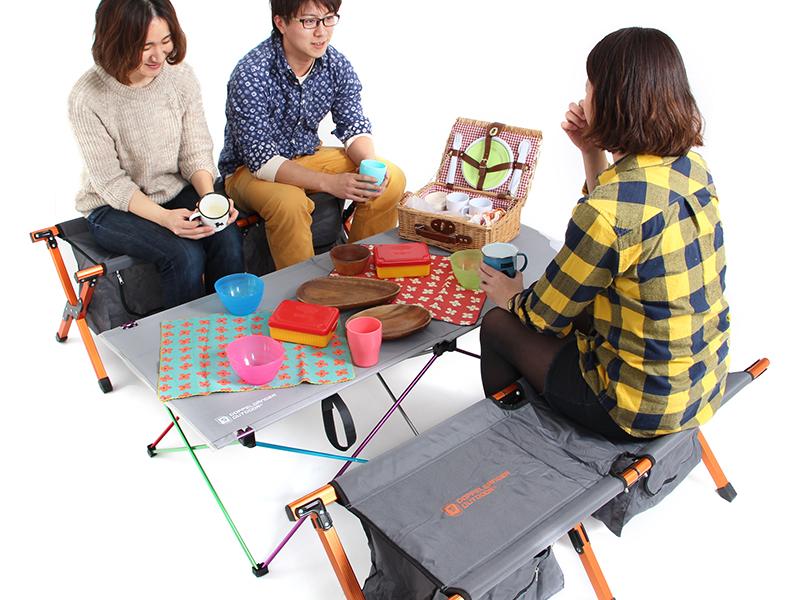 ウルトラライトパーティーテーブルの使用の一例