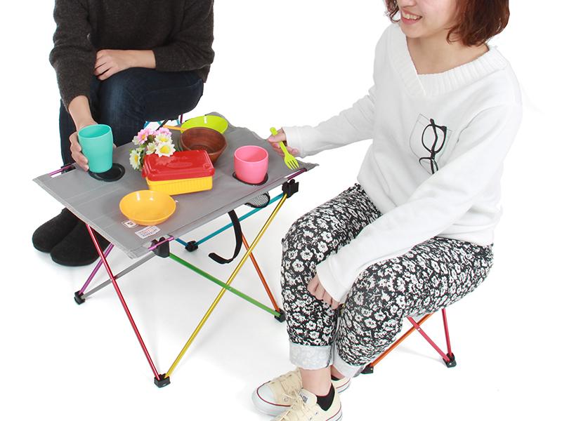 ウルトラライトテーブルセットのメインの特徴(ロースタイルキャンプに最適な高さ)