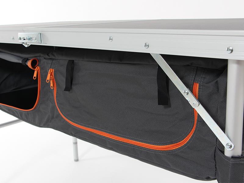 ストレージアウトドアテーブルの各部の特徴(前後開閉式収納)