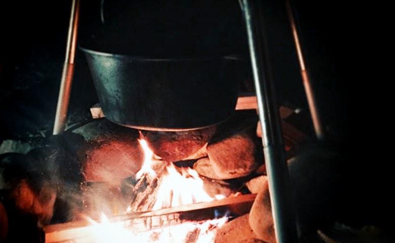 秋キャンプ・冬キャンプに欠かせない「焚き火」のススメ