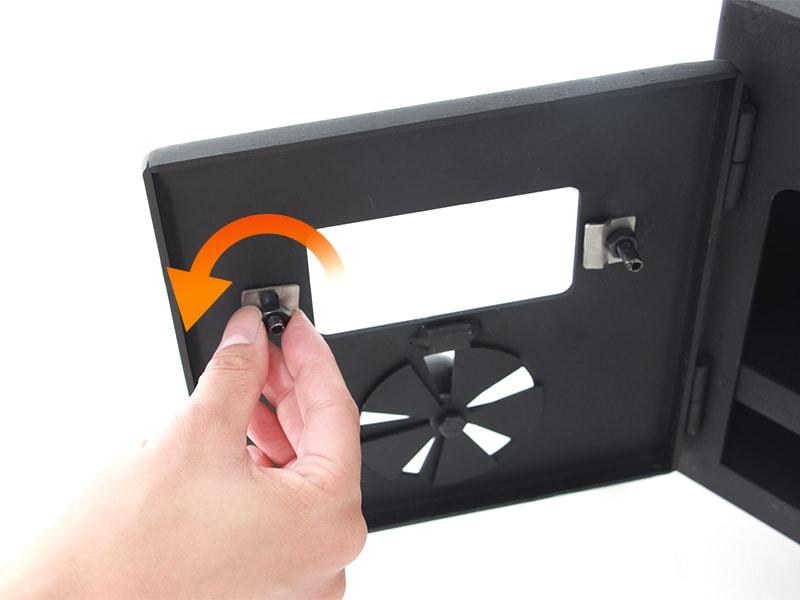 はじめてのまきちゃん耐熱窓の固定方法画像