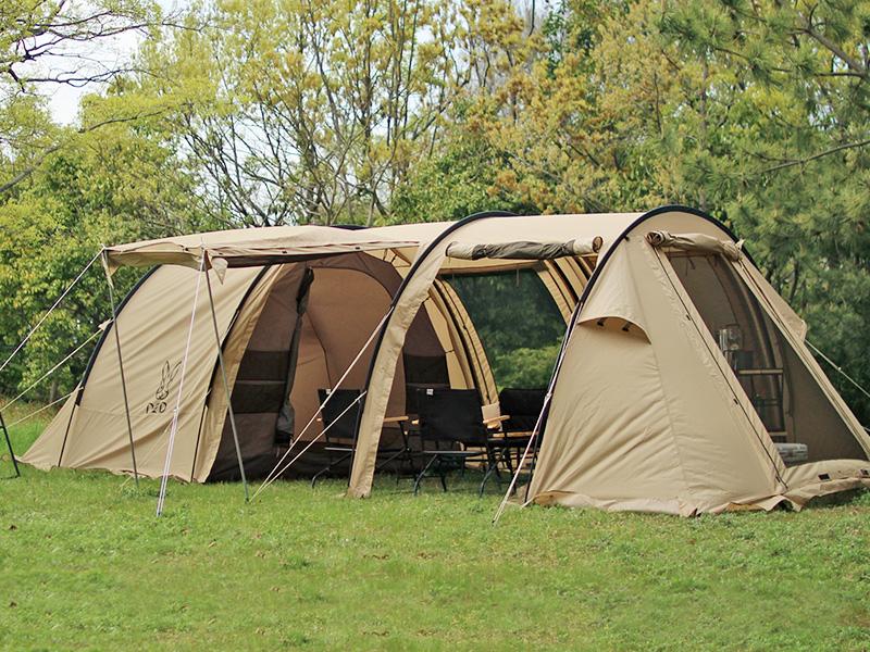 カマボコテント2のメインの特徴(リビング&寝室が一体型の2ルーム構造)