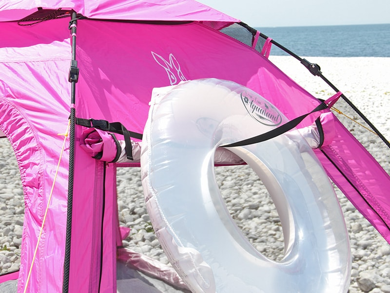 ワイドビーチテントの各部の特徴(ストラップ搭載)