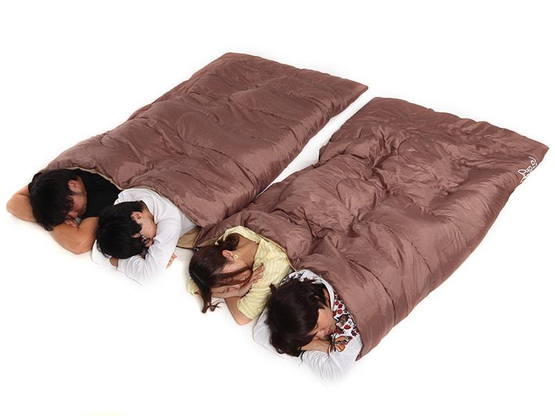 わがやのシュラフの各部の特徴(2人用寝袋として使用可能)
