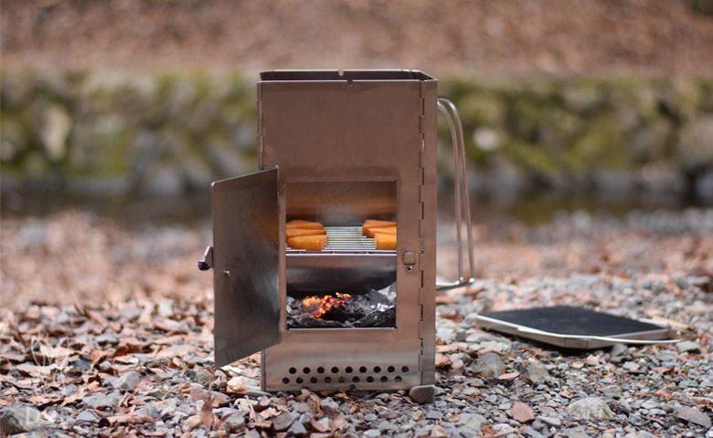 燻製 器 キャンプ 初めてでも美味しく!SOTOの燻製器の使い方と簡単レシピ