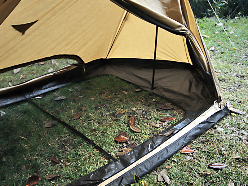 パップフーテントのメインの特徴(風や虫が入り込まない特殊フロアレス構造)