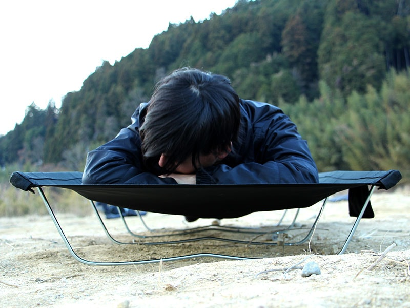 ワイドキャンピングベッドのメインの特徴(夏も冬も快適に就寝)