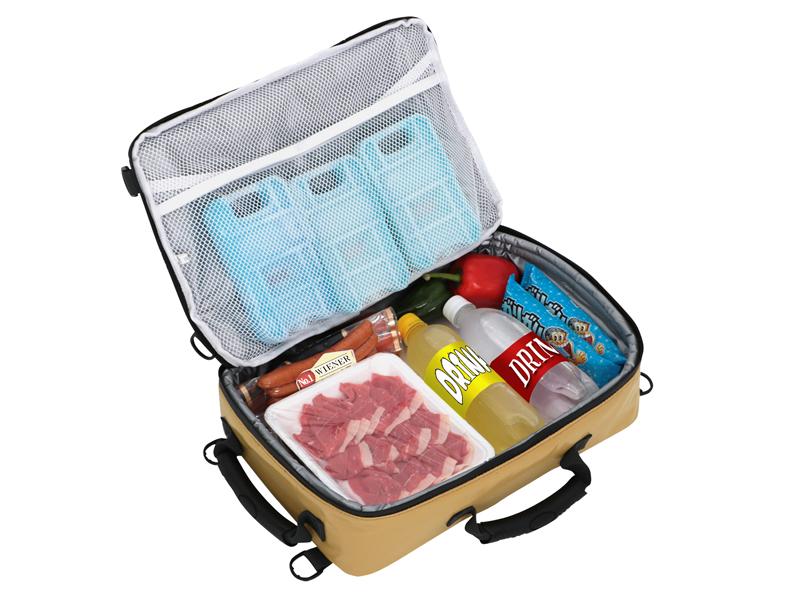ライダーズクーラーバッグのメインの特徴(スマートにBBQの食材を差し入れできる)