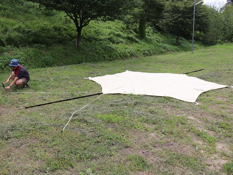 ヘーキサタープ基本的な設営方法画像