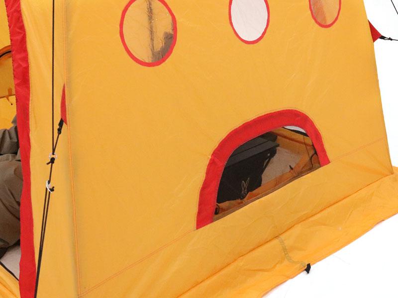 サブマリンテント (M)の各部の特徴(内側から調整できる換気窓)