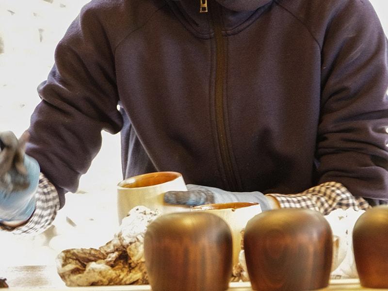 ウサ木マグのメインの特徴(深みを生み出す漆塗り)