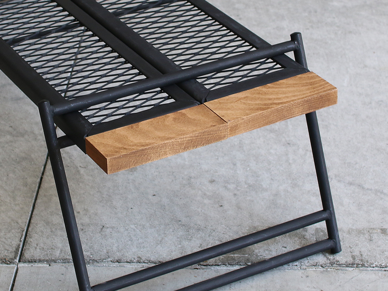 テキーラウッドハンドルのメインの特徴(木材の質感を活かしたオイル塗装)
