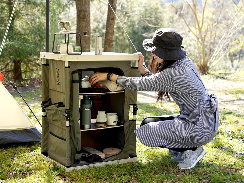 マルチキッチンテーブルのメインの特徴(キャンプギアや調理道具をスッキリ整理)