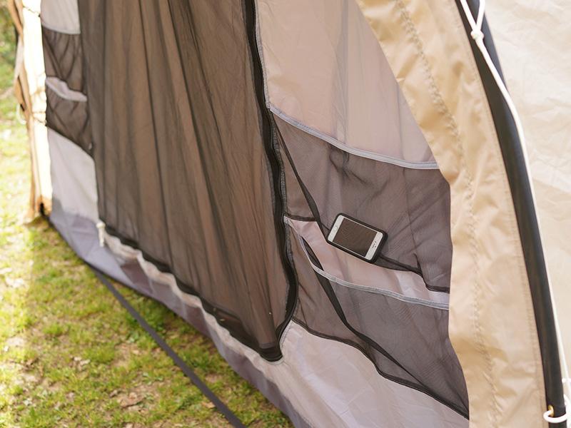 カマボコテントクエの各部の特徴(大型ポケット(インナーテント入り口))