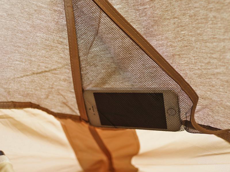 ワラビーテントの各部の特徴(寝室ポケット)