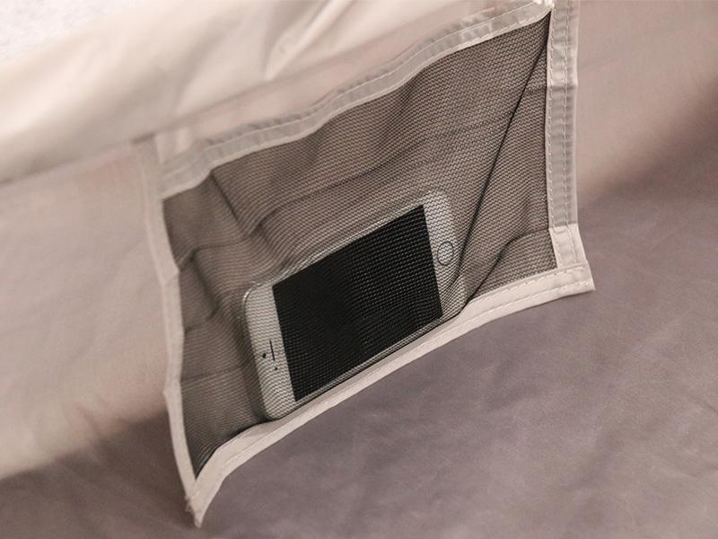 ザ・テントLの各部の特徴(寝室ポケット)