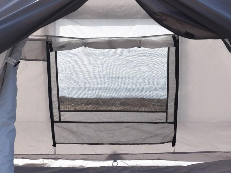 ライダーズワンタッチテントの各部の特徴(中から開けられるインナーテント窓)