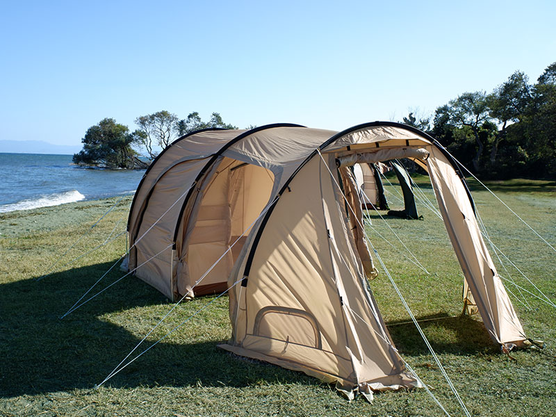 カマボコテント3Sのメインの特徴(リビング&寝室が一体型の2ルーム構造)