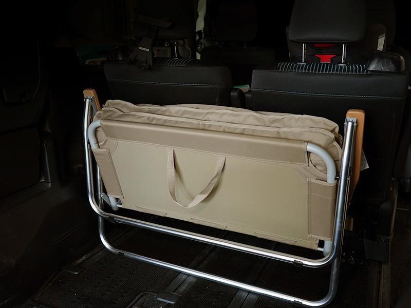 グッドラックソファのメインの特徴(コンパクトな折りたたみ収納)