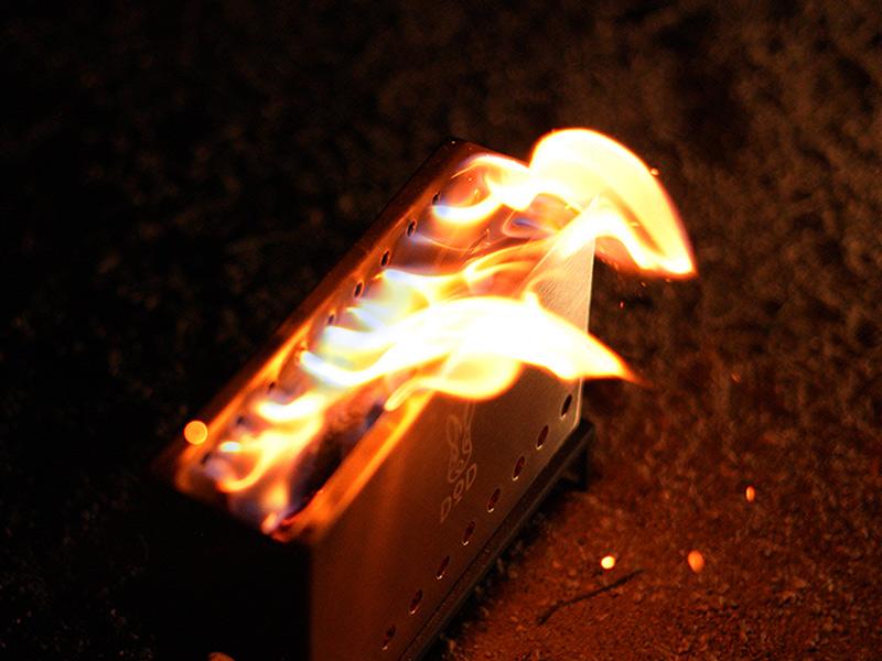 ぷちもえファイヤーのメインの特徴(二次燃焼の炎を楽しめる)