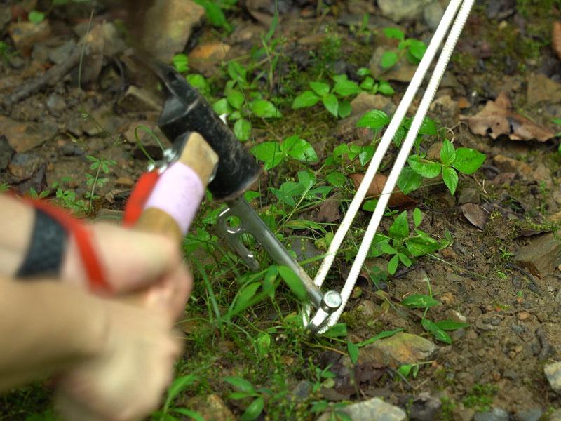 ハンモックスタンド設営方法1:木を利用する場合(ハンモックスタンド1セット)画像